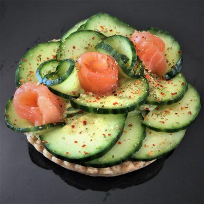 Tartelette guacamole concombre saumon fumé